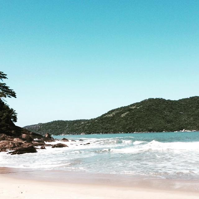 praia-do-meio-desacelera-camila